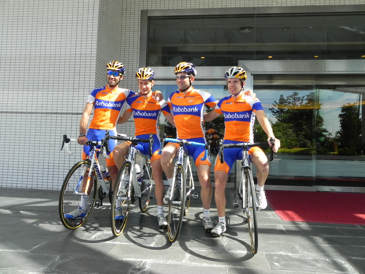 The Rabobank boys were looking sharp for photos. Carlos Barredo (far left)  is now under UCI investigation for an irregular biological passport. G luck  dude. e7c48a19a